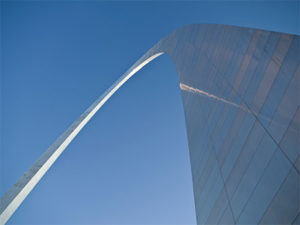 Moving to St Louis - See the arch